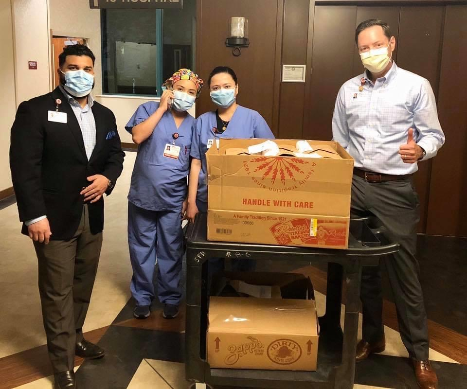 Medical-City-Plano-receives-hot-meals-courtesy-of-The-Fillmore-Pub
